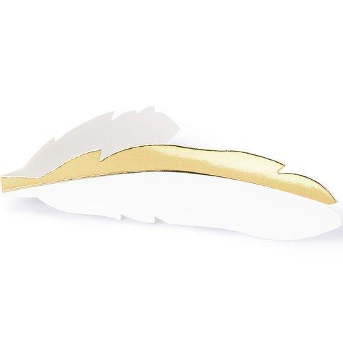 bruiloft-decoratie-plaatskaartjes-golden-feather