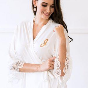 bruiloft-kimono-met-kant-white-gepersonaliseerd