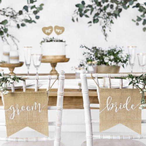 bruiloft-decoratie-juten-chairsigns-bride-groom-italian-vineyard-2