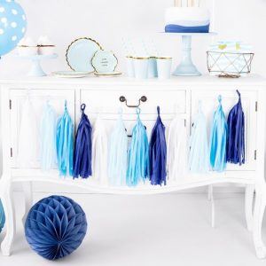 bruiloft-decoratie-tasselslinger-blue-white-3