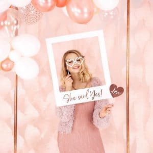 bruiloft-decoratie-polaroid-bord-she-said-yes-2