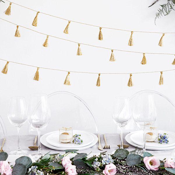 bruiloft-decoratie-tasselslinger-golden-fabric-tassel-4