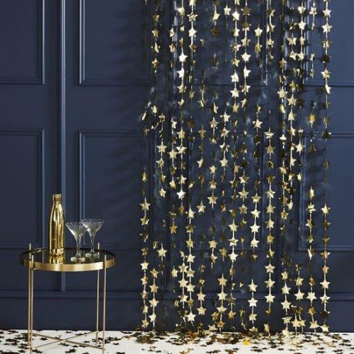 bruiloft-decoratie-backdrop-gold-star-pop-the-bubbly-2.jpg