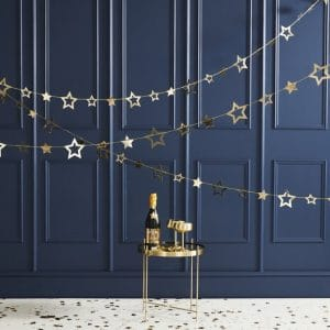 bruiloft-decoratie-slinger-gold-foiled-star-pop-the-bubbly.jpg