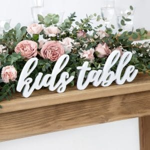 bruilof-decoratie-houten-letters-kids-table-white-2