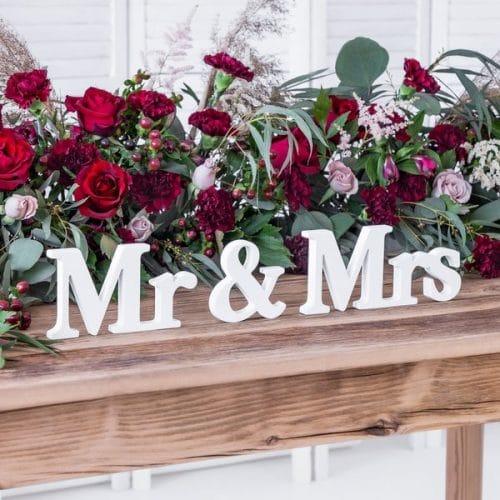 bruiloft-decoratie-houten-letters-mr-mrs-white-4
