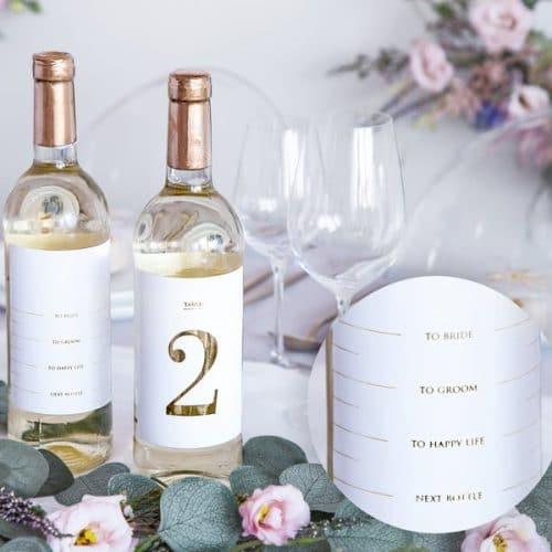 bruiloft-decoratie-tafelnummers-white-gold-bottle-labels-4