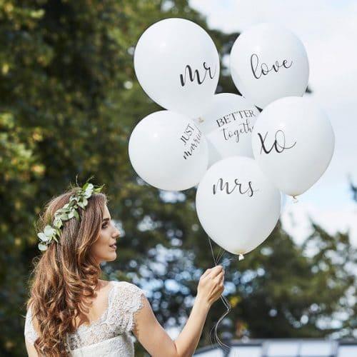 bruiloft-decoratie-ballonnen-mix-botanical-wedding-2