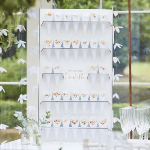 bruiloft-decoratie-confetti-cones-standaard-botanical-wedding-2