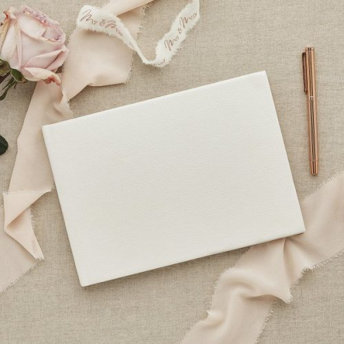 bruiloft-decoratie-gastenboek-ivoor-diy-wedding-001