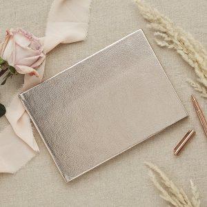 bruiloft-decoratie-gastenboek-metallic-diy-wedding-001