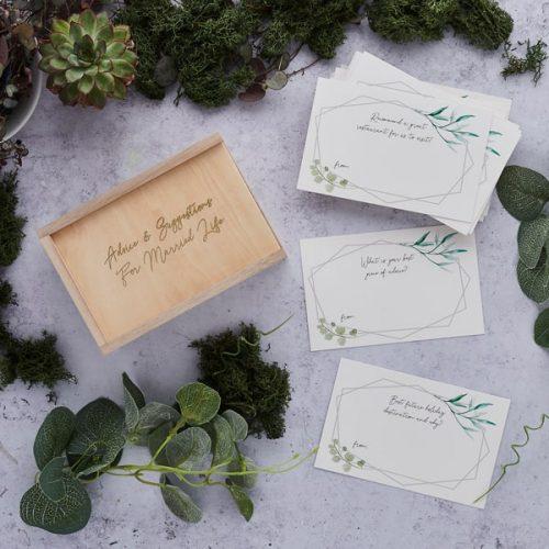 bruiloft-decoratie-houten-advice-box-geometric-greenery-2