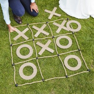 bruiloft-decoratie-mega-boter-kaas-eieren-spel-botanical-wedding-2