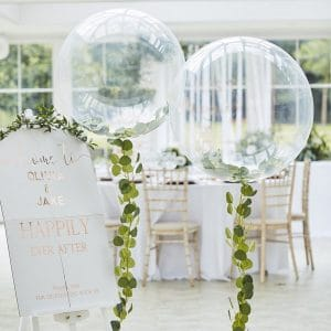 bruiloft-decoratie-orb-ballonnen-met-eucalyptus-botanical-wedding-3
