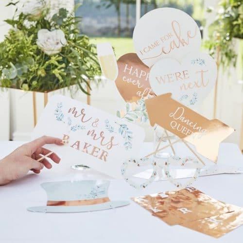 bruiloft-decoratie-photobooth-props-botanical-wedding-gepersonaliseerd-2