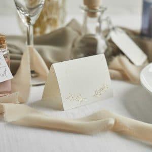bruiloft-decoratie-plaatskaartjes-diy-wedding-001