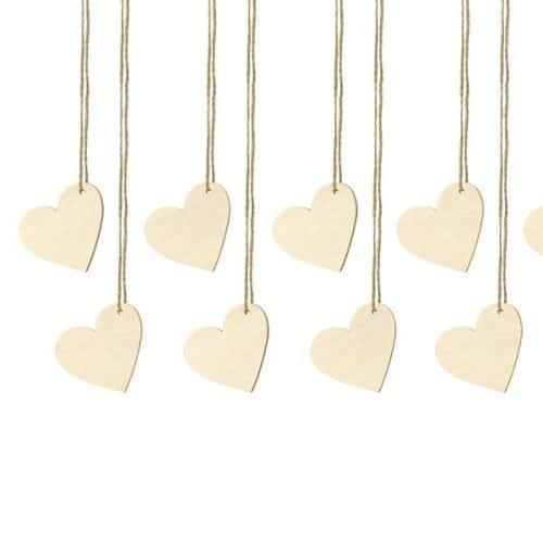 bruiloft-decoratie-houten-plaatskaartjes-hearts