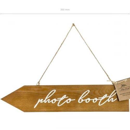 bruiloft-decoratie-houten-wegwijzer-photobooth-5