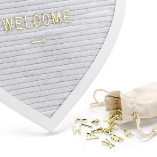 bruiloft-decoratie-vilten-letterbord-heart-3
