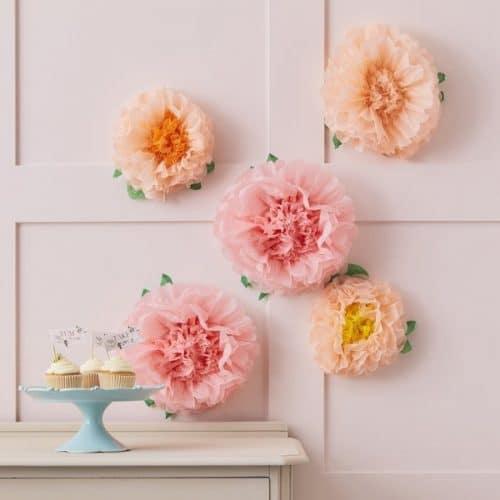 bruiloft-decoratie-bloemen-pompoms-lets-partea-2.jpg