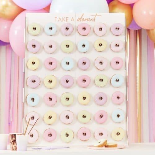 bruiloft-decoratie-mega-donut-wal-mix-it-up-pastel-2.jpg