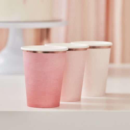 bruiloft-decoratie-papieren-bekertjes-ombre-mix-it-up-pink-2.jpg