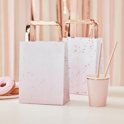 bruiloft-decoratie-papieren-tasjes-ombre-splash-roze-mix-it-up-pink-2.jpg