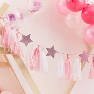 bruiloft-decoratie-tasselslinger-met-sterren-pamper-party-2.jpg