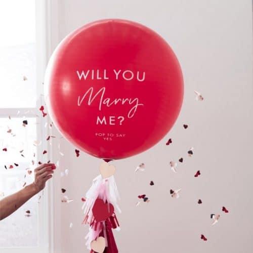 bruiloft-decoratie-mega-ballon-will-you-marry-me-hey-good-looking-2.jpg