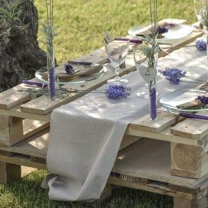 bruiloft-decoratie-tafelloper-plain-cotton-3
