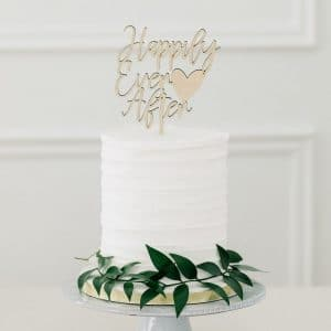 bruiloft-decoratie-houten-cake-topper-happily-ever-after4