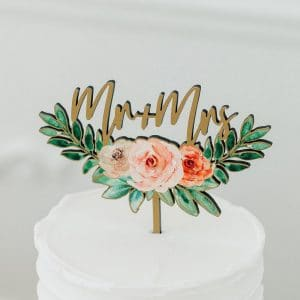 bruiloft-decoratie-houten-cake-topper-mr-mrs-floral5