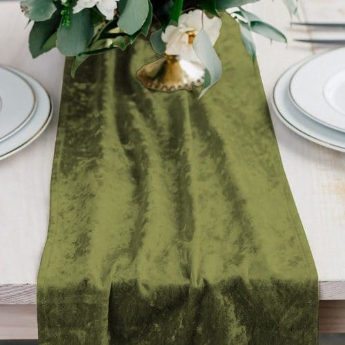bruiloft-decoratie-velvet-tafelloper-emerald-green-2