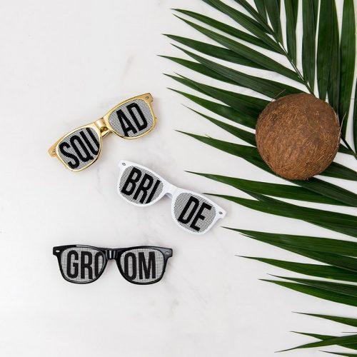 bruiloft-decoratie-zonnebril-squad-gold-white3