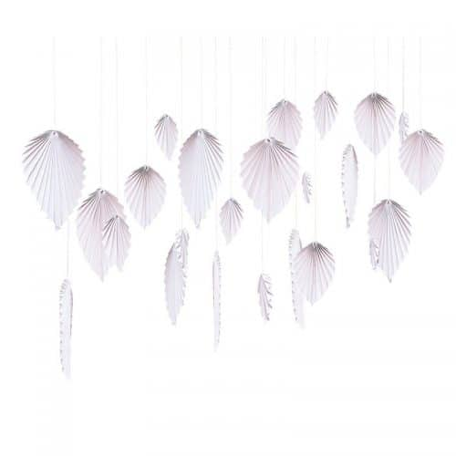 bruiloft-decoratie-backdrop-palm-leaf-fans-blush-a-touch-of-pampas-2