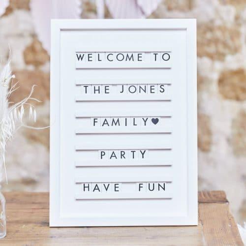 bruiloft-decoratie-houten-letterbord-a-touch-of-pampas-2