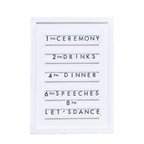 bruiloft-decoratie-houten-letterbord-a-touch-of-pampas-3
