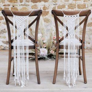 bruiloft-decoratie-stoeldecoratie-macrame-a-touch-of-pampas