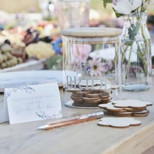 vrijgezellenfeest-artikelen-gastenboek-advice-for-the-bride-boho-floral