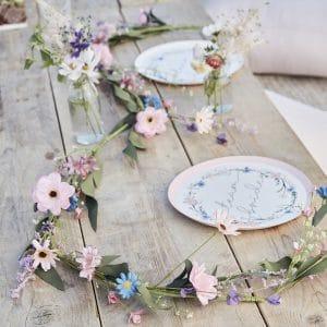 vrijgezellenfeest-bloemenslinger-boho-floral