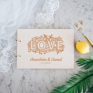 bruiloft-decoratie-gastenboek-hout-love-gepersonaliseerd